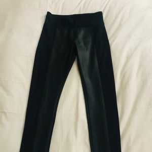 Mid rise legging with leather